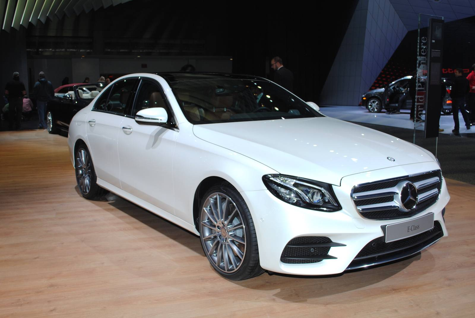mercedes new mercedes benz e class pictures specs prices birmingham haden birmingham. Black Bedroom Furniture Sets. Home Design Ideas